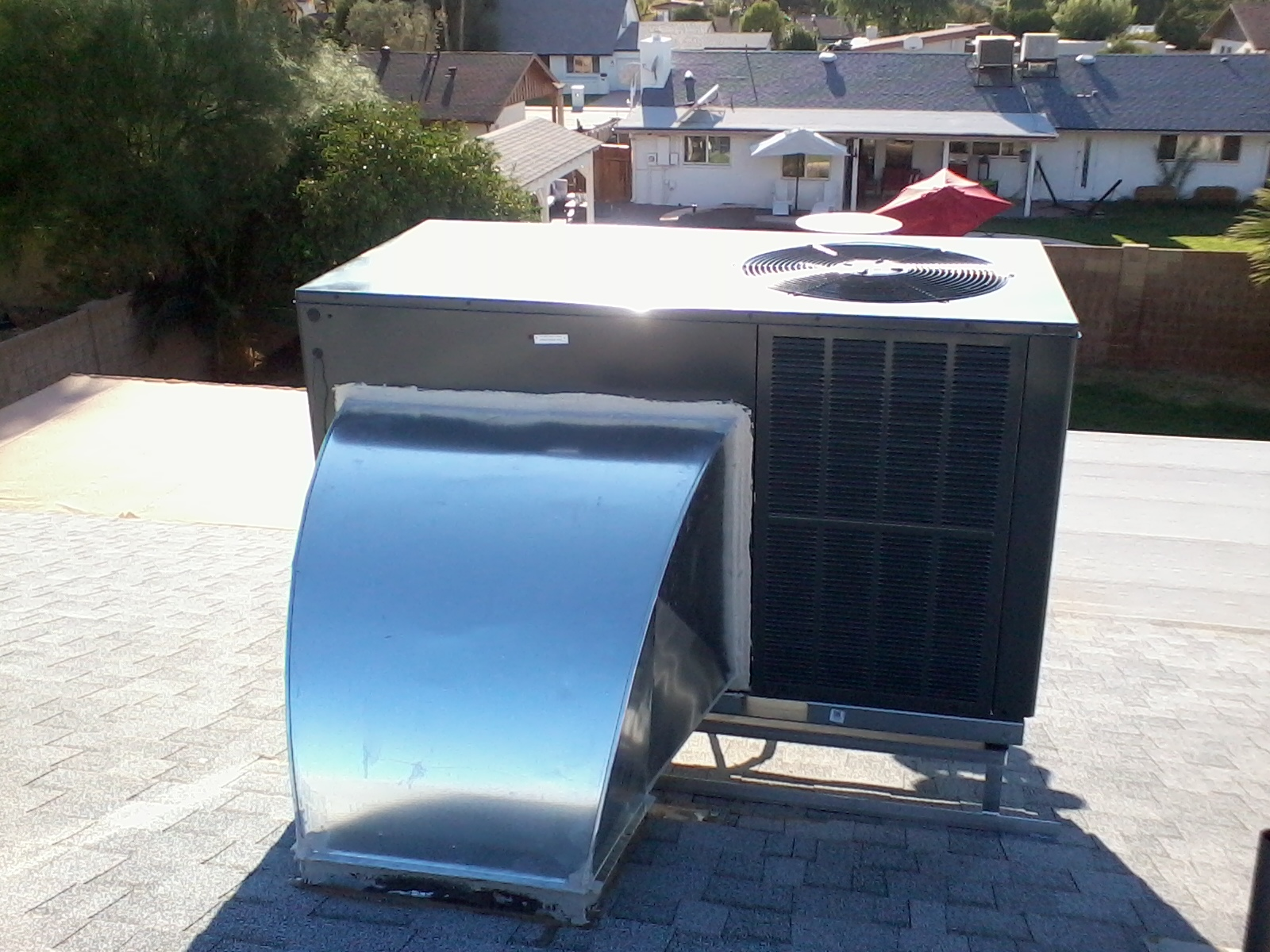 Goodman packaged heat pump with new stand and elbow